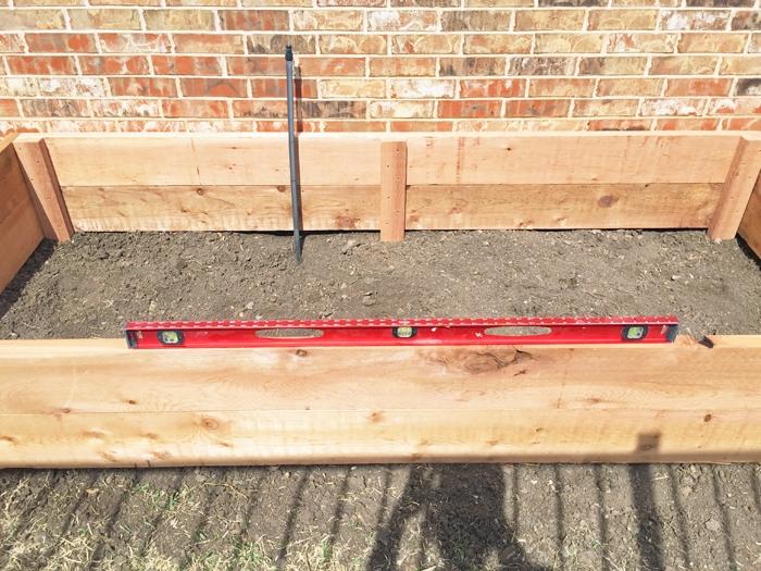 How I assembled my custom diy 9x4 raised vegetable garden bed.