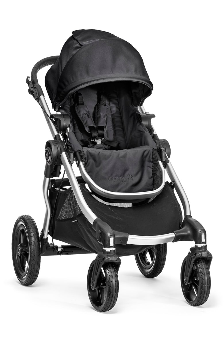 Get the Baby Jogger City Select Stroller for an insanely low price during the Nordstrom Anniversary Sale!