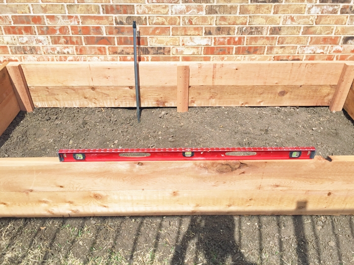 How I assembled my custom diy 9x4 raised vegetable garden bed.