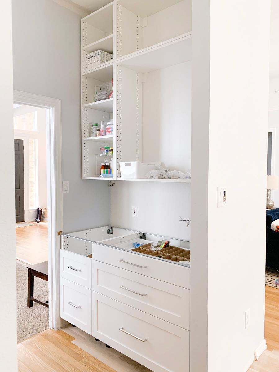How I Organized The Medicine Cabinet