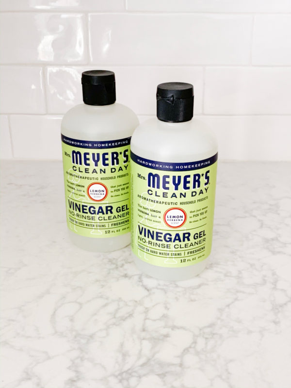 See what I ordered from Grove Collaborative in November 2019 including my favorite Mrs Meyers Vinegar Cleanser!